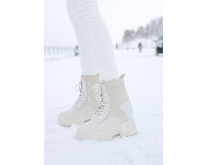 909 Winter & Snow Platform Boots