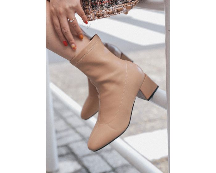 FC001 Classic Mid Heel Ankle Boots